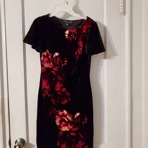 Women's velour flowers dress
